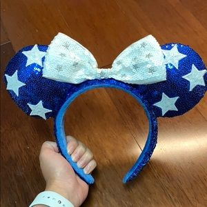 Disney Holiday Ears: Blue White Stars